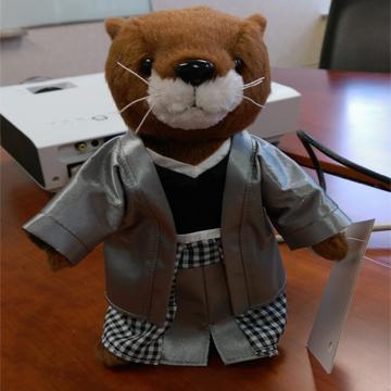 OtterBox OLLIE軟毛公仔玩具-日本服(Ollie-Toy-JPN)